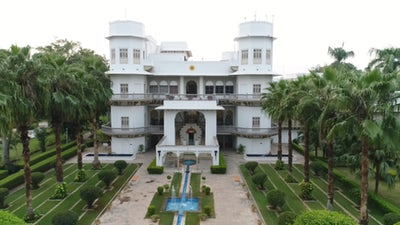 Get a Taste of Royalty in the Heritage Hotels of Madhya Pradesh