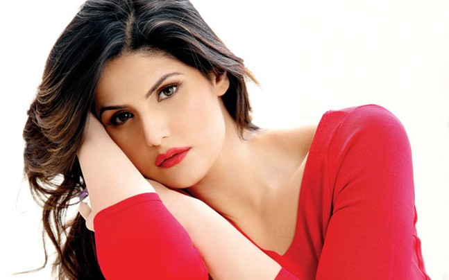 Zareen Khan to be slapped with legal case for calling Aksar 2 vulgar?