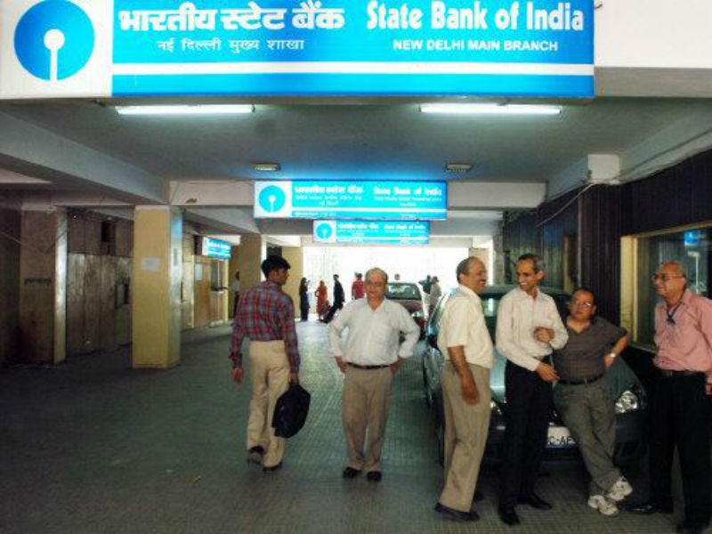 Why SBI changed IFSC code for 1,300 branches? How to find out yours