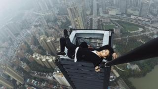 China's daredevil dies while performing stunt on rooftop of 62-storey building