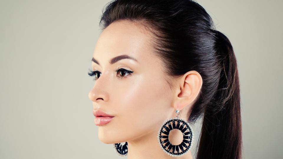 Accessorise right: Here's how to pick earrings according to your face type