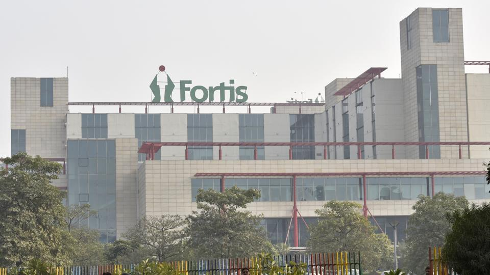 Delhi pvt hospitals maybe asked to cut profit margins, give drugs from govt list