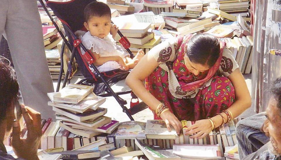 Save the Daryaganj book bazaar, once again