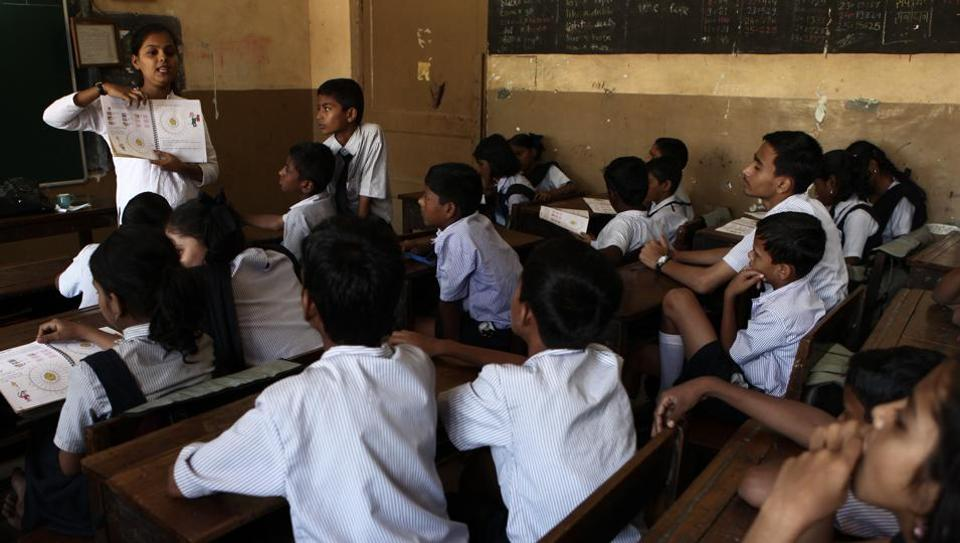 ASER survey shows 36% of kids aged 14-18 don't know India's capital, 21% can't name their state