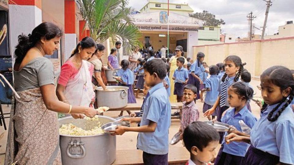 120 children hospitalized inKerala after eating school meal