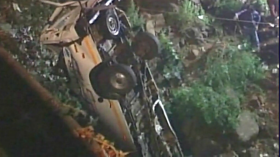 Minibus falls into river near Kolhapur, 13 dead including an infant