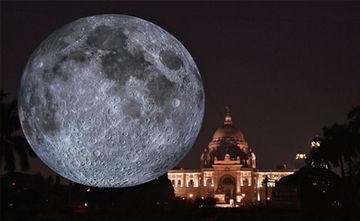 Giant Replica Of Moon Unveiled At Kolkata