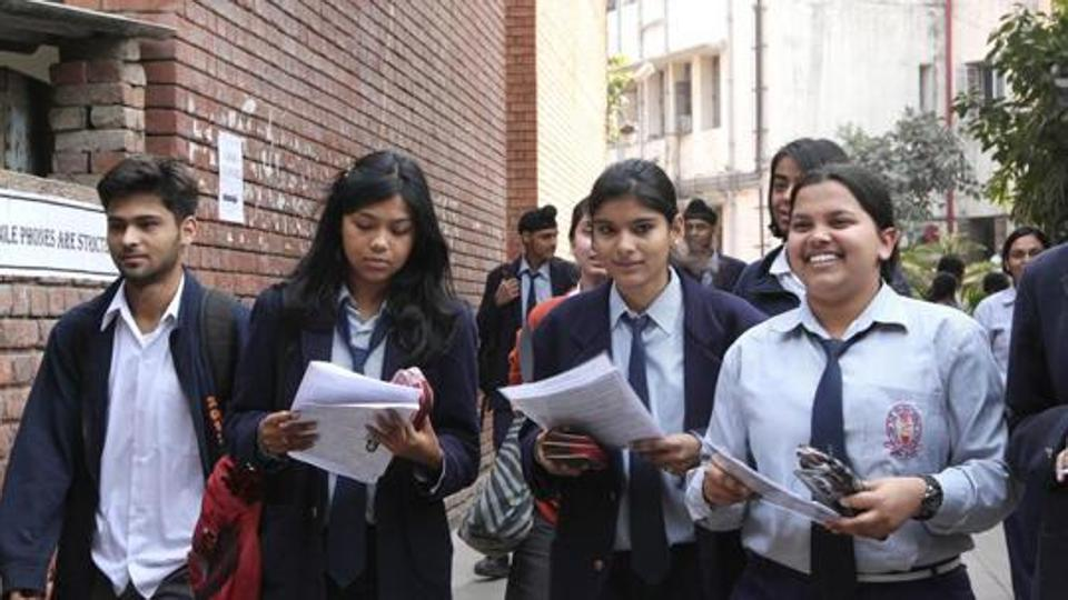 CBSE says overall 33% marks enough to pass Class 10 this year