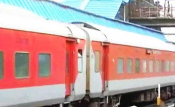 Fare System In Rajdhani, Shatabdi And Duronto Trains May Be Revised To Benefit Passengers