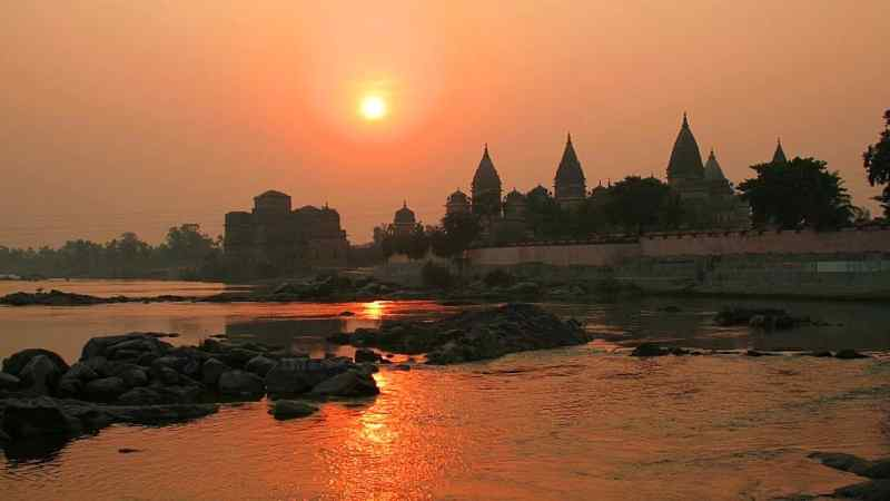 An Oasis of Stone: Exploring Orchha