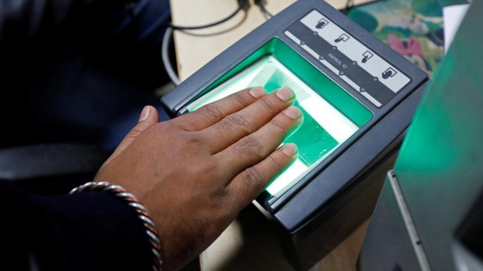 Aadhaar linking deadline of March 31 extended indefinitely till Supreme Court delivers verdict