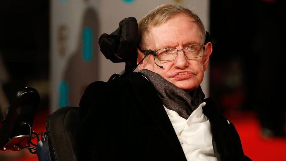 Stephen Hawking's family lived in Lucknow in late 1950s