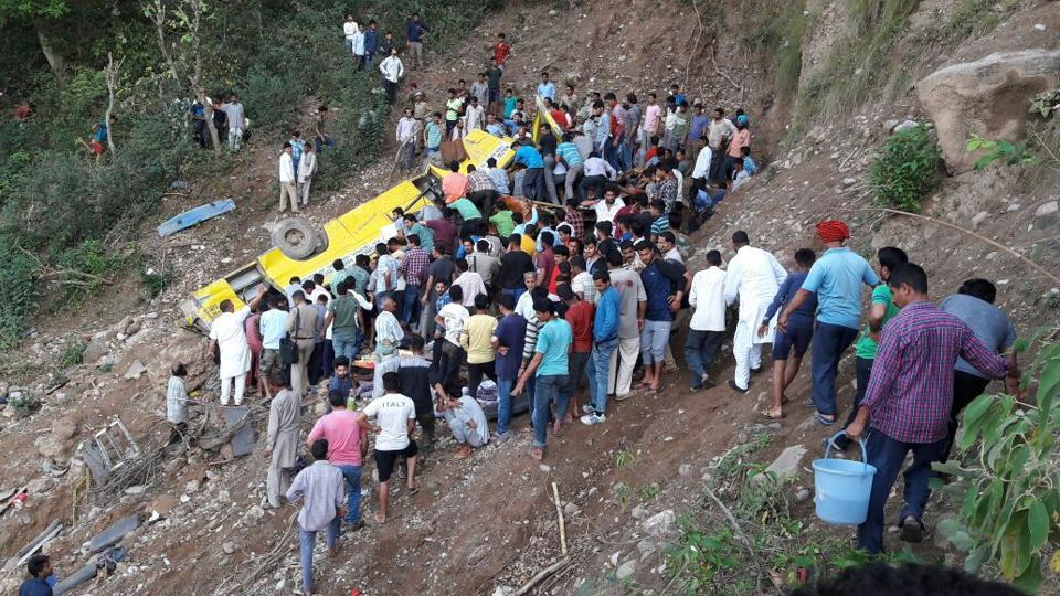 School bus falls into gorge in Himachal Pradesh, many feared dead