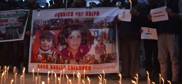 #JusticeForAsifa Photos At Istanbul Airport May Be Photoshopped But It