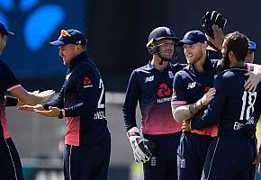 England displace India to claim No.1 spot in ODIs