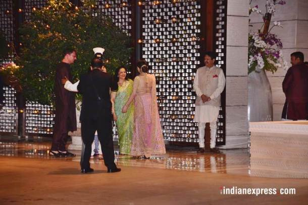 Stars queue up to celebrate Isha Ambani's engagement to Anand Piramal