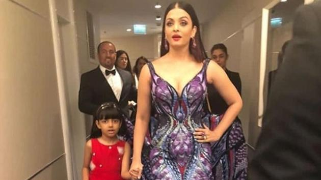 No one rules Cannes red carpet like Aishwarya Rai. See pics, video