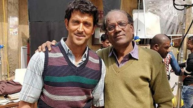 Hrithik Roshan loses weight, years in new Super 30 photo. You will find it hard to recognise him