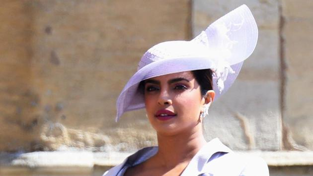 Fans defend Priyanka Chopra from Jaya Jaitly's comment on her 'British aristocrat' dress