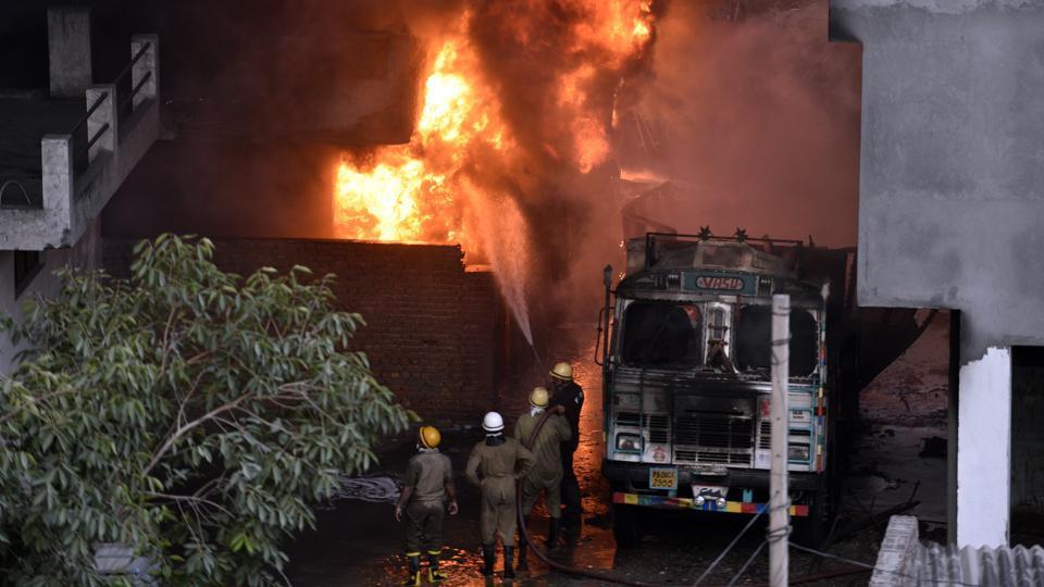 Fire at godown in Delhi's Malviya Nagar still on, Air Force joins ops