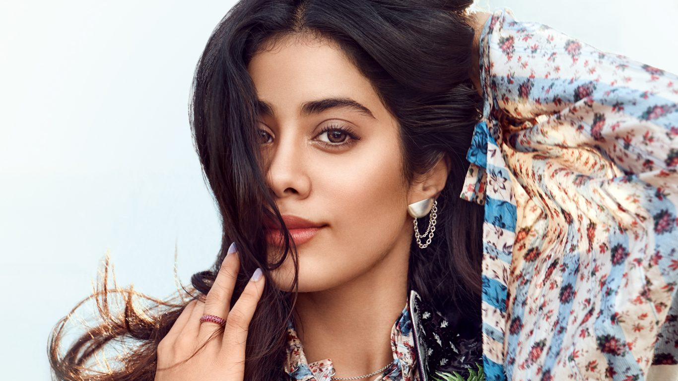 Janhvi Kapoor talks about life after Sridevi in her first ever interview