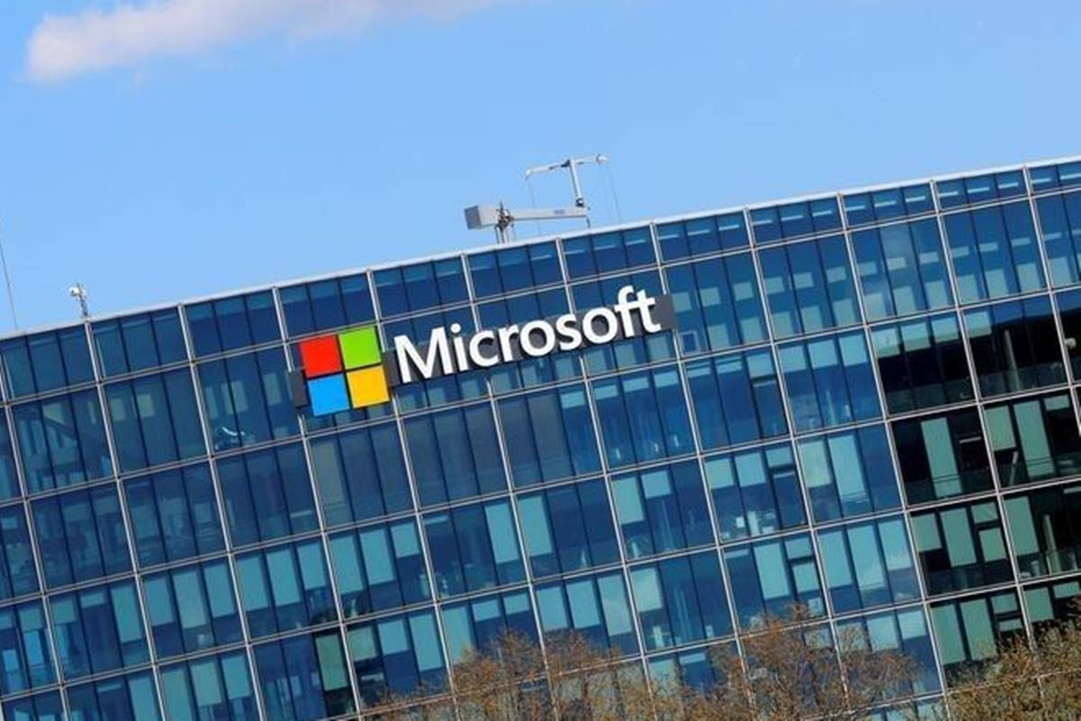Microsoft in talks to buy software developer platform GitHub, says report