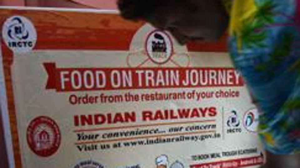 Boneless chicken, dry veggies: Railways to cut down on quantity, focus on quality meal