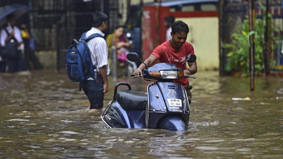 Mumbai warned of 'extremely heavy rain' today, people advised to stay indoors