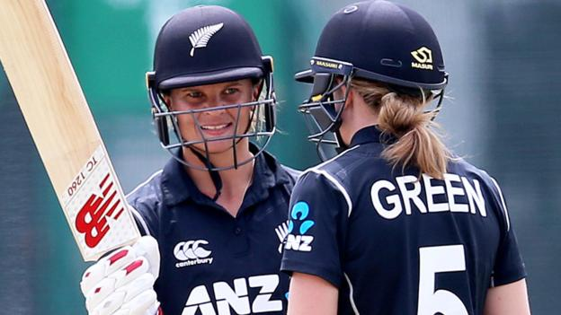 New Zealand women score world record 490/4 in ODIs