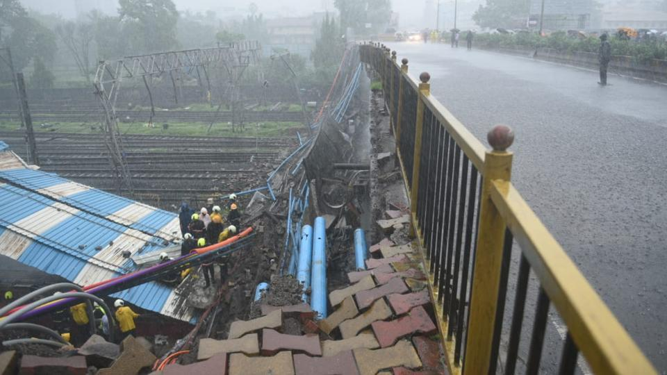 Bridge collapses near Mumbai's Andheri station, local train services hit, thousands stranded