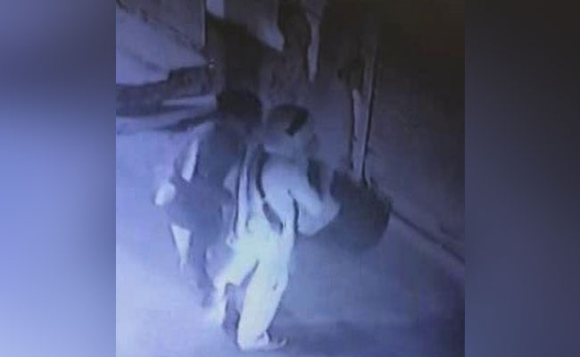 CCTV Shows How Delhi Family Organised Hanging - Like Stools, Last Meal