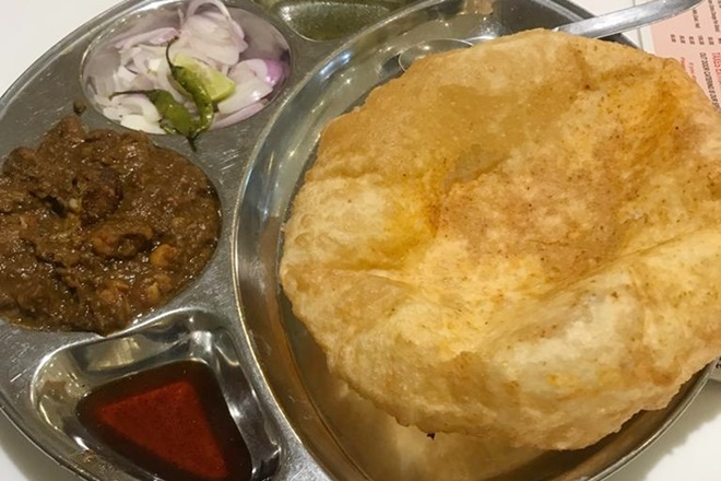 After Rajdhanis, Durontos, revamped menu with combo meals for Shatabdis; binge on chhola bhatura, rajma chawal