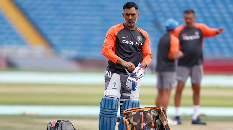 MS Dhoni is not retiring, it is all rubbish, says Ravi Shastri