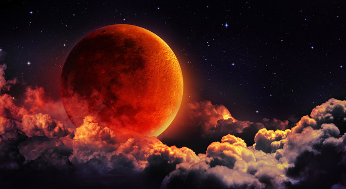 Chandra Grahan 2018: Common Diet Beliefs, Myths And Superstitions Related To Lunar Eclipse