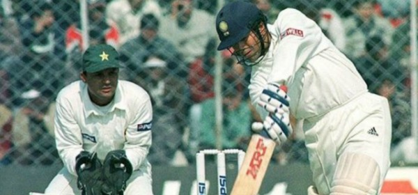 Blast From The Past! When Sachin Tendulkar Almost Took India Over The Line Vs Pakistan From A Hopeless Position