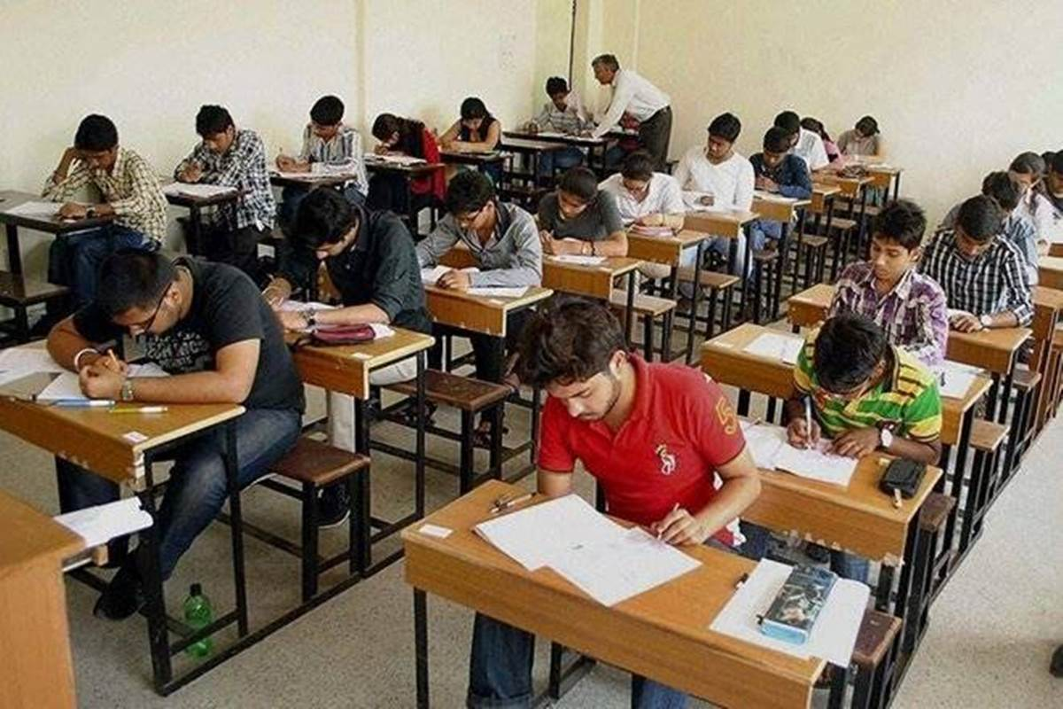 Good News for Dalit, SC/ST, OBC candidates! Here is how civil services aspirants can earn Rs 1 lakh