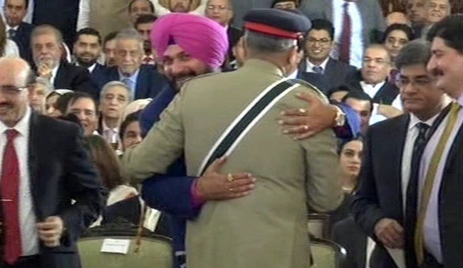 What Pak Army Chief Told Navjot Sidhu Before The Hug At Imran Khan Oath