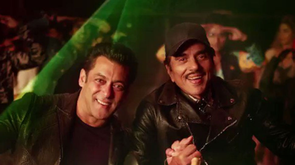 Yamla Pagla Deewana Phir Se: Rafta Rafta Medley featuring Salman Khan, Rekha and Dharmendra will make you groove - Watch