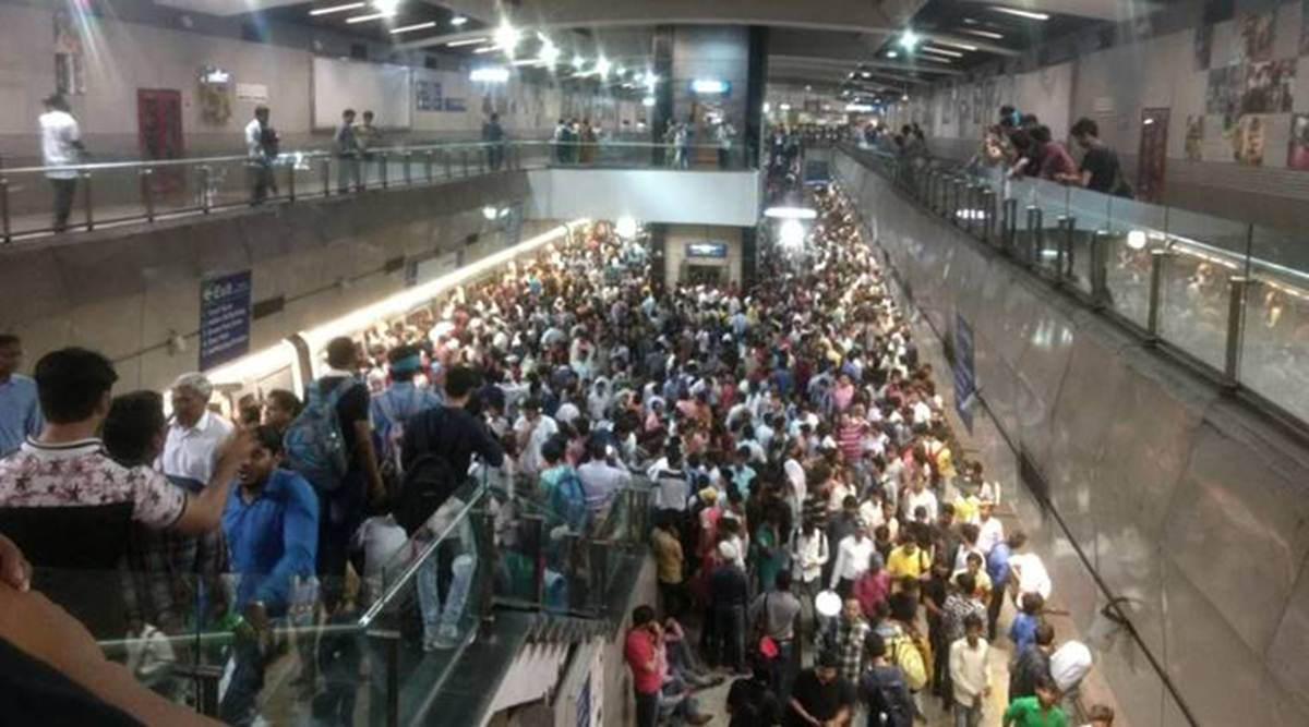 Raksha Bandhan rush: Snag on Yellow Line leaves commuters stranded for 3 hours