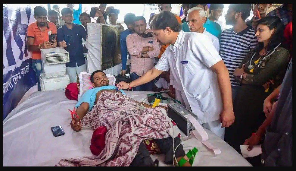 On 9th day of fast-unto-death, Hardik Patel says he has prepared his will