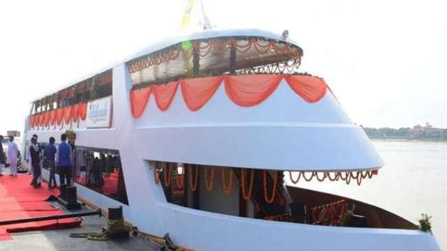 Yogi Adityanath inaugurates Ganga luxury cruise liner in Varanasi that serves alcohol, non-veg food; sadhus