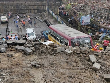 Majerhat bridge collapse in Kolkata: West Bengal PWD issued tender for flyover
