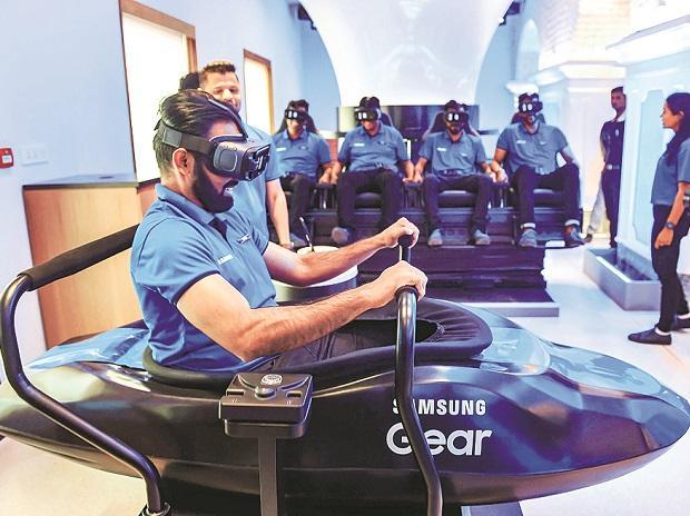 Samsung opens world