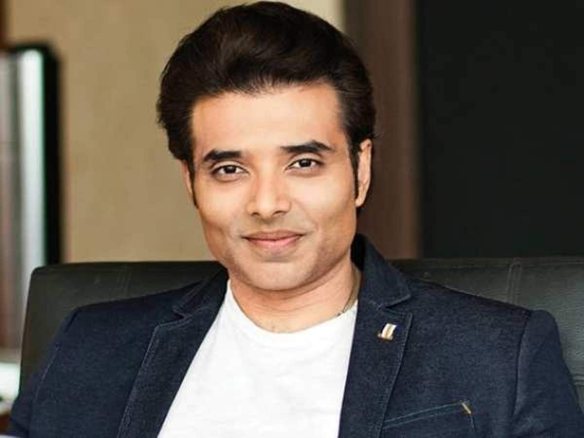 Uday Chopra tweets for marijuana, cops cite law