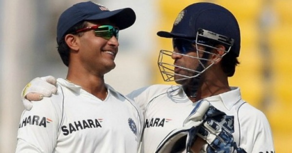 Rewind To 2008 - MS Dhoni Sportingly Allows Sourav Ganguly To Captain On The Last Day Of His Final Test