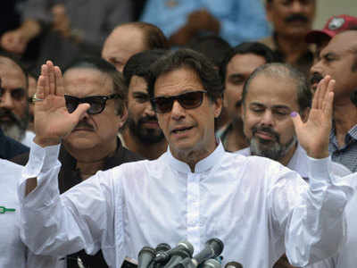 Has Imran Khan delivered an inswinger at Pakistan military?