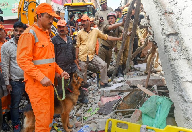 Building collapse in northwest Delhi kills 2 women, 4 children