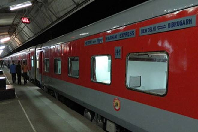 Pathetic! Indian Railways suffers losses as passengers steal towels, bedsheets, blankets from trains