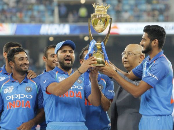 When MS Dhoni asked Rohit Sharma to let Khaleel Ahmed hold the Asia Cup trophy