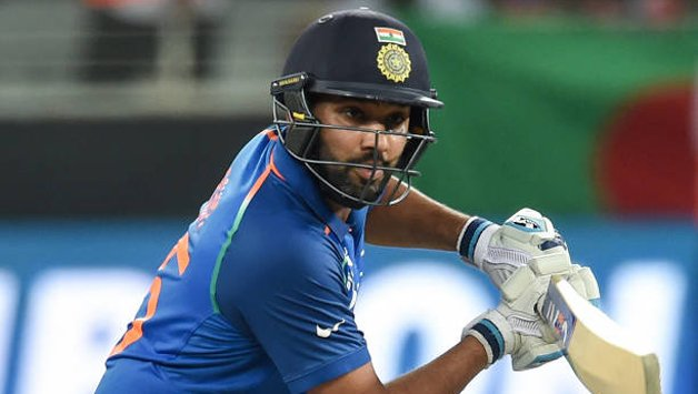 Fan tries to kiss Rohit Sharma during Vijay Hazare Trophy quarters – Watch